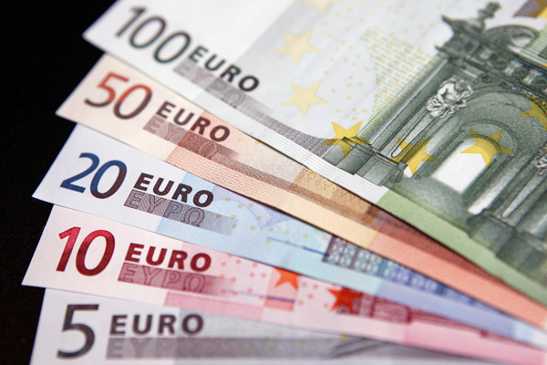 money euros currency 700